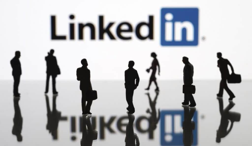 professionnels sur LinkedIn
